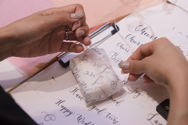 筆タッチカリグラフィー