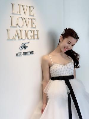 LIVE LOVE LAUGH ウェディングドレス