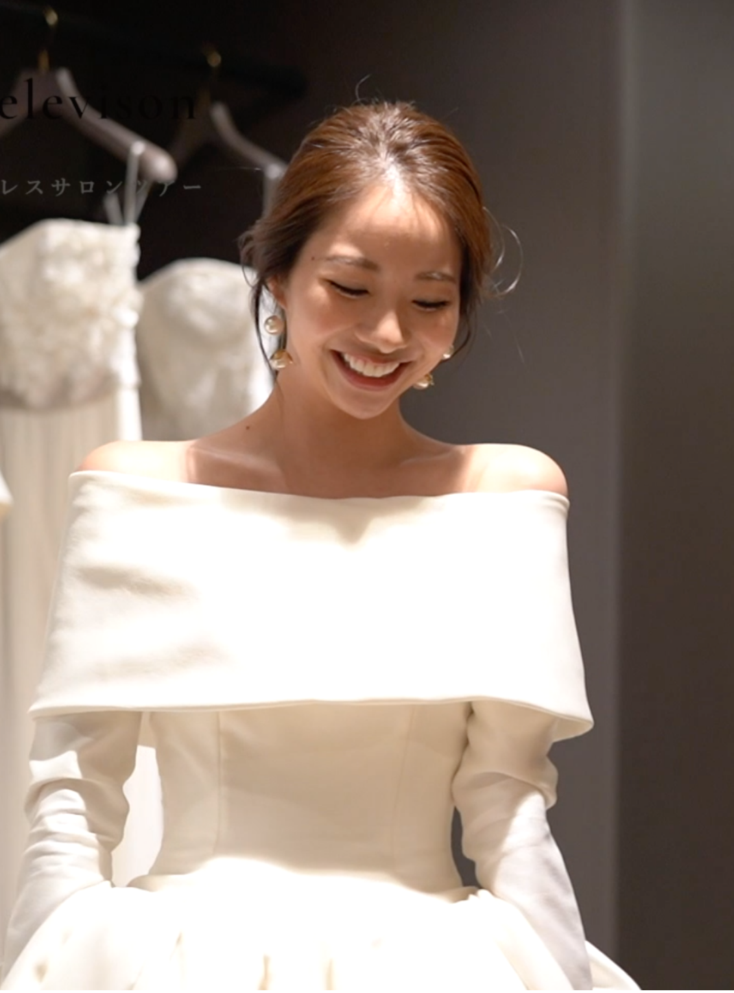 花嫁が巡るドレスサロンツアーのコピー3
