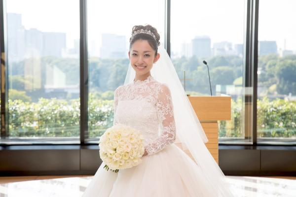 ウェディングソムリエ 東京會舘 ウェディングドレス